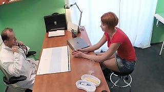 Short haired girl Lucie spreads her legs for her horny doctor